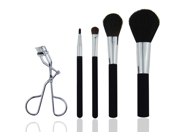 Cruelty Free Travel Makeup Brush Set With Cement Handle Siver Aluminum