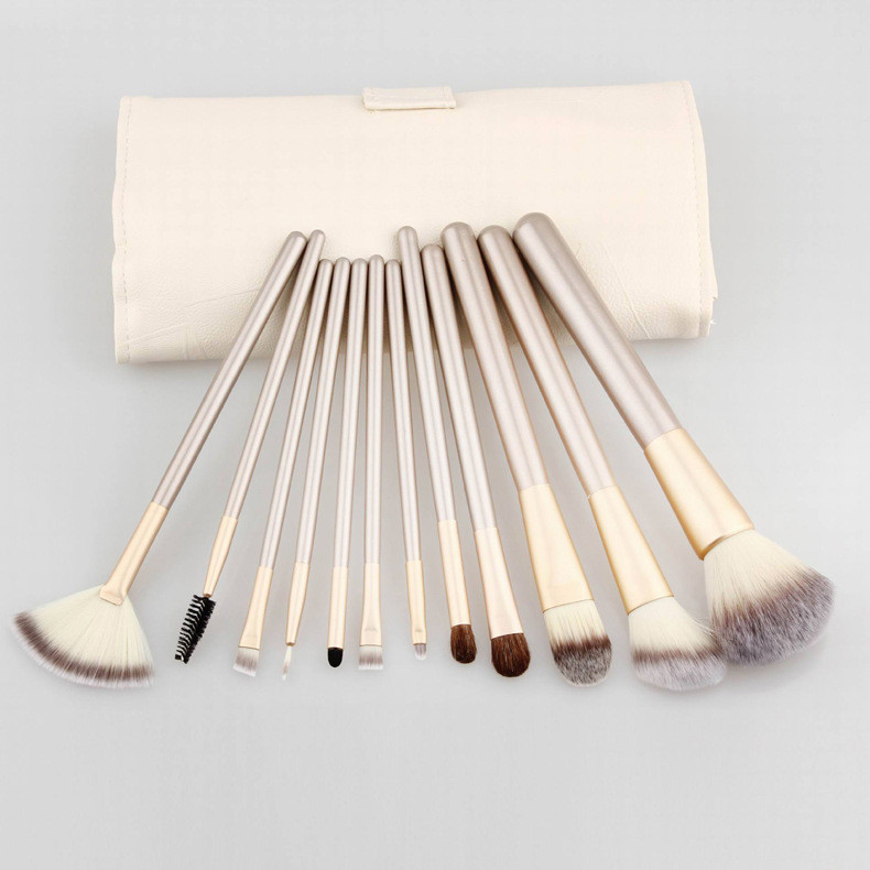2016 best sells 12pcs cosmetic brush set silver nylon hair with PU bag